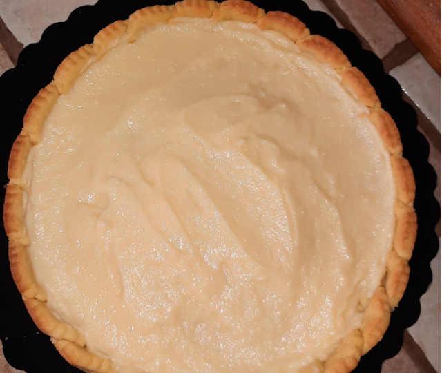 crostata moderna con crema pasticcera