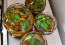 Asparagi sott'olio ricetta semplice con peperoncino