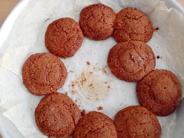 biscotti rotondi integrali con mascarpone cotti