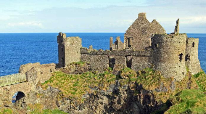 Dunluce Castle la rocca inespugnabile