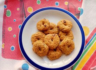 Biscotti integrali con panna montata e cioccolato ricetta semplice